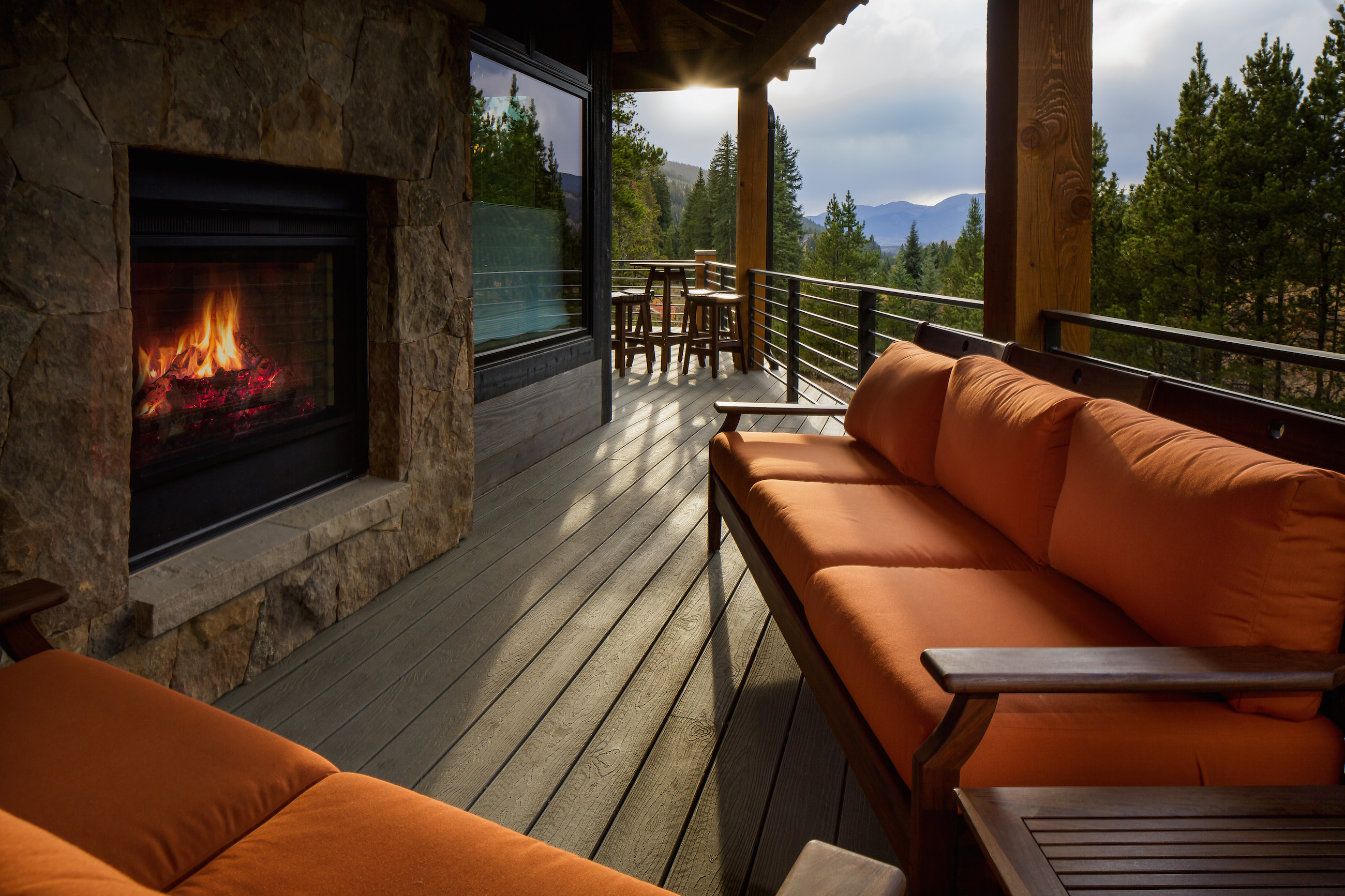 Alders Residence Deck and Fireplace