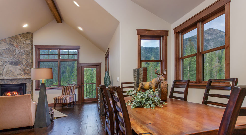 Alders Townhomes Dining Room